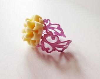 Ivory flower ring. Filigree ring. Light pink ring. Cream flower ring. Winter white flower. Flower jewelry. Baby pink ring. Ivory mum ring.