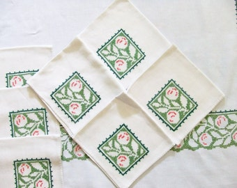 Vintage Linen Tablecloth with 11 Napkins in Green Cross Stitch