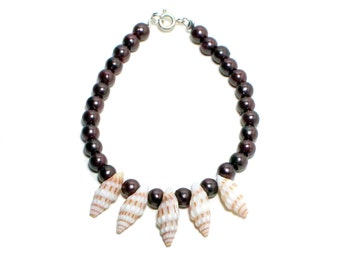 Island sea shell and brown pearl beaded stackable bracelet
