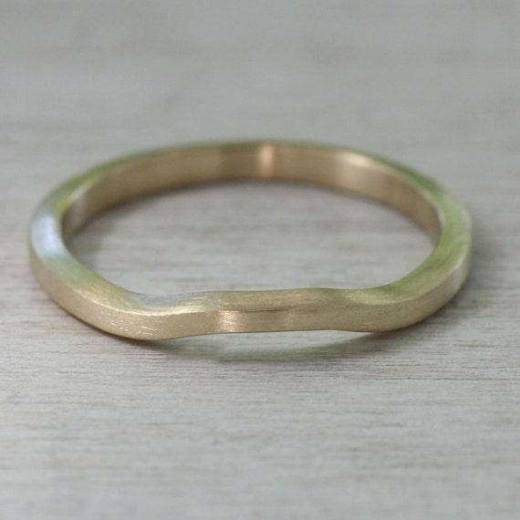 s trapezoid shadow wedding band 2x1 5mm