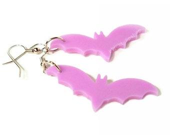 Pastel Goth Earrings Lavender Lilac Bat Laser Cut Jewelry Dangle Drop Earrings Creepy Cute Jewelry for Teens Women Halloween Jewelry