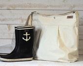 WATERPROOF CANVAS Diaper bag / Messenger bag / Women messenger / Travel bag / Spring Fashion / Summer Fashion Vogue