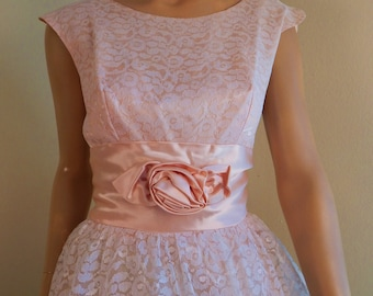 Vintage Prom dress, Size 9 ,Satin and lace, two layer crinoline, Large, womens size 9 Perfect condition StilettoRanch FAB