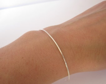 Sterling silver cuff bracelet dainty thin hammered silver tapered ends Simple stacking bracelet 0178