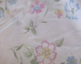 Vintage Full Flat Sheet/81 x 104 in/J C Penney/Poly/Cotton/Bedding/Reclaimed Fabric