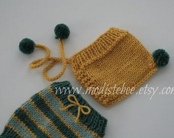 Knit Pom Pom Bonnet and Shorts  Newborn Photography Prop