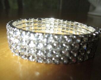vintage costume jewelry  / 5 rows rhinestone stretch bracelet