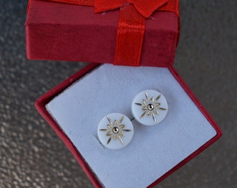 White and Gold Lucite Atomic Starburst Earring Set- Vintage Cabochon