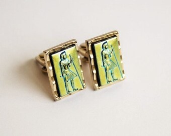 Vintage Cuff Links.  Egyptian Pharaoh.  Vintage Men's Accessories.