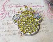 48mm Girly Mouse Metal Rhinestone Pendant Silver With Yellow Rhinestones