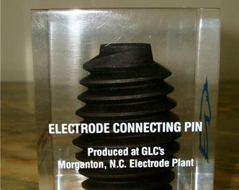 Electrode connecting pin lucite paperweight conference '89 Great lakes carbon