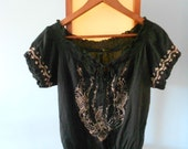 SALE Vintage 80s does 70s Black Peasant Top Embroidered Floral Detail / Size Small