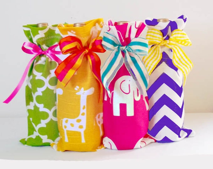 Baby Shower Hostess 4 Pack, Wine Bags, Giraffe and Elephant Prints, Baby Girl Baby Boy Shower, Gender Neutral, Party Prizes, Wine Sack