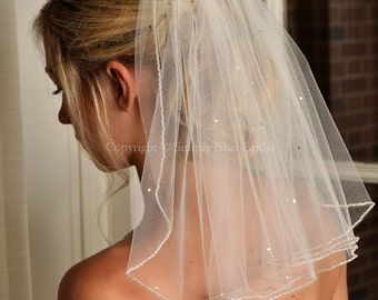 LIGHT IVORY Veil with Beaded Edge and Scattered Swarovski Crystals - Short Veil - Shoulder Length Veil - Ready to Ship