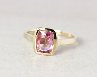 Pink Tourmaline Ring - Rectangular - Bezel Set - 10Kt Gold