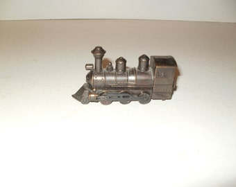 Vintage 1960s-70s Small Scale Antique Look Locomotive Pencil Sharpener-display-Functional-Cool Item