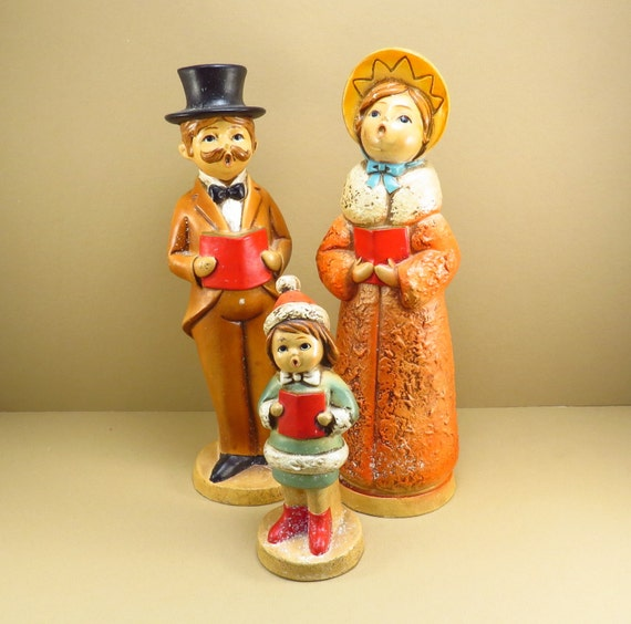 Victorian Christmas Carolers Decorations: Christmas Caroling Family Vintage 1970s Victorian Carolers