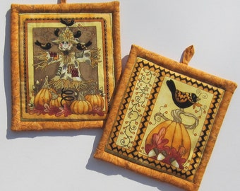 Fall Autumn Harvest Pumpkin with Crow Pot Holders Set of Two