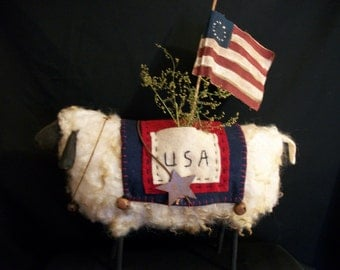 Primitive folk art sheep Pattern, 13 in. by 9 in. by Dumplinragamuffin AB4B