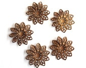 5 Vintage 1950s Filligree Flowers // 60s 50s Flower Finding  // Brass // Craft Jewelry Supply // NOS // Spring