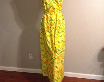 Ventage maxi dress / The vested gentress yellow floral printed maxi dress