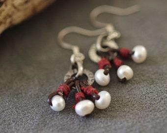 Leather Pearl  Earrings, Dainty Leather Earrings, Bohemian Earrings, Sundance Inspired Jewelry, Sundance Earring