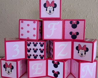 Minnie Mouse (SET OF 13) Building Blocks