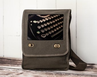 Schmucks with Underwoods ~ Field Bag - School Bag - Khaki Green - Canvas Bag