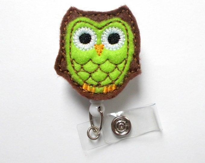 Brown and Green Owl - School Badge Holder - Medical Badge - Name Badge Holder - Cute Badge Reels - Badge Reels - RN Gift - Nursing Badge