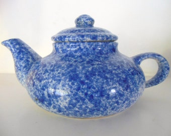 Spatter Ware Tea Pot Blue & White / Short and Fat / Two Cup Capacity