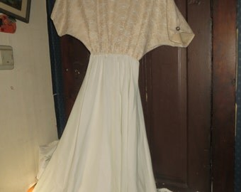 vintage 1980s ladies off white and lace dress