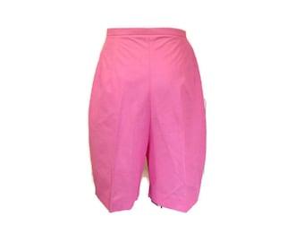Vintage Jantzen Shorts, High waisted shorts, Pink Bermuda shorts, XS  small