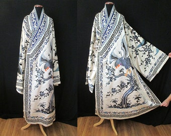 Amazing 1920's Antique Silk Chinese Ceremonial Hand Embroidered Robe Kimono Old Hollywood Boudoir Pinup Girl Size-One size fits all