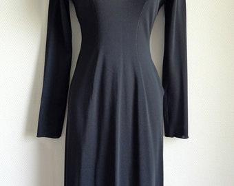 SALE Vintage ALAIA black viscose knit v-necked figure-hugging dress
