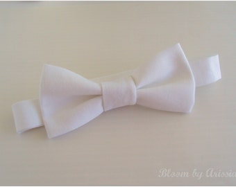Preppy bow tie collection. Winter white  0-10 yrs. size available