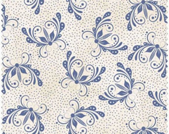 Blue Floral on Ivory Cotton Quilt Fabric for Sale, FWDQUG05-WB, Fat Quarter, Yardage