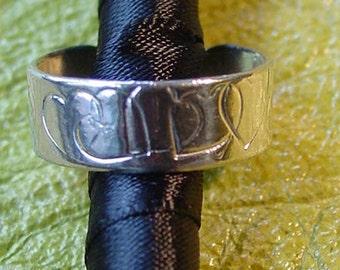 925, Sterling silver toe ring Heart design