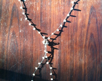 Pearl lariat style necklace