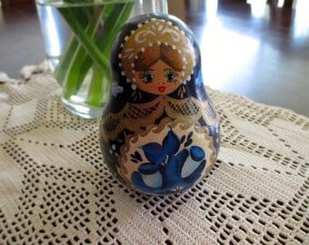 MATRYOSHKA Doll Wobbly - Made in RUSSIA, rattle, blue, floral