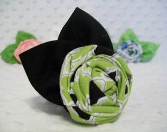 Green and Black Rolled Fabric Rose Hairclip