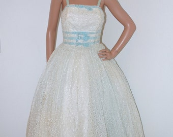 Vintage 50s Embroidered Lace and Velvet Party Prom Dress/ 1950s White Eyelet Lace and Pale Blue Velvet Full Skirt Dress