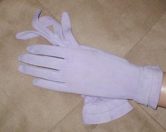GORGEOUS  vintage 1940's Lavendar Dress Gloves