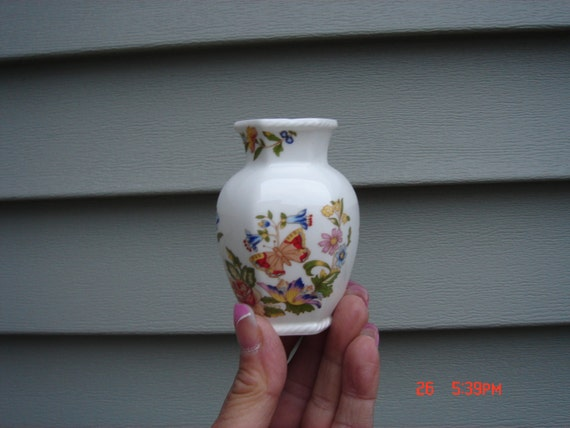 Vintage Aynsley Cottage Garden Bone China Miniature Vase