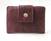 Handmade small women wallet - Faux tooled leather in burgundy - Paisleys print -  ID clear pocket - vegan wallet