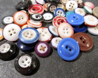 China Buttons Fifty (50) Assorted Ringers Inkwells Solid VINTAGE China Buttons Assorted Colors Vintage Jewelry Sewing Supplies (J39)