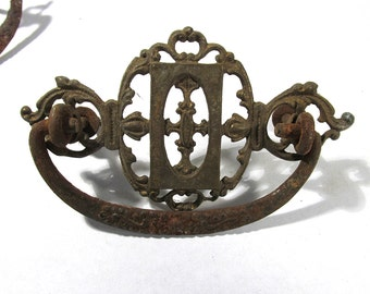 Ornate Brass Drawer Pulls Handles Three (3) VINTAGE Antique Hardware Ornate Drawer Pulls Assemblage Supplies Furniture Restoration (L11)