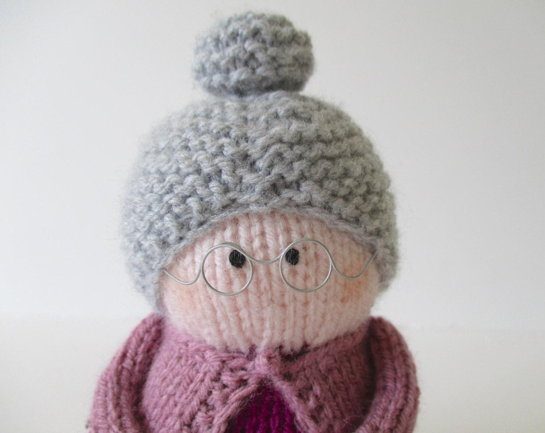 Get Knitting Grandma : Granny toy doll knitting patterns from fluffandfuzz on
