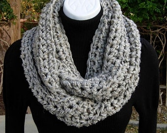 INFINITY SCARF, Light Gray Cowl, Grey Loop Scarf, Gray Tweed Scarf, Crochet Scarf, Soft Winter Scarf, Bulky Scarf..Ready to Ship in 2 Days