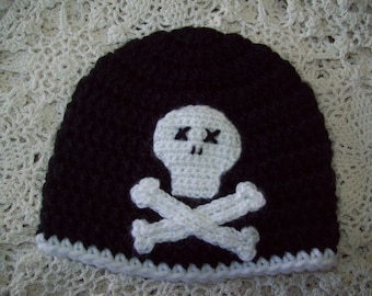 Crochet Black and White Pirate SKULL and CROSSBONES Hat Beanie Infant Baby Toddler Photo Prop Sweet Boy or Girl