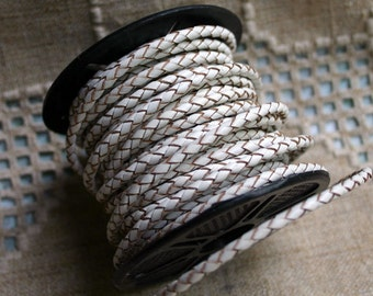 1 meter of 4mm White Braided Bolo Leather Cord Round